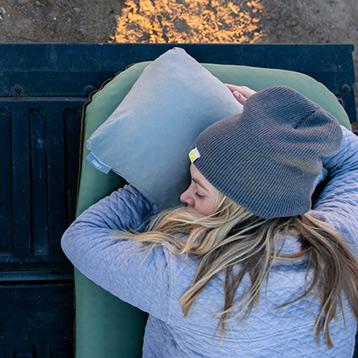 KLYMIT 枕